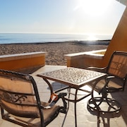 La Gaviota - Nice Beach Front two Bedroom two Bath Condo in Mirador Area