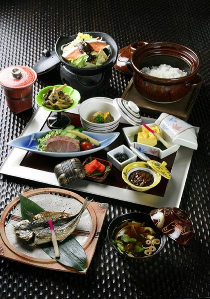Food and Drink, Hakone Airu