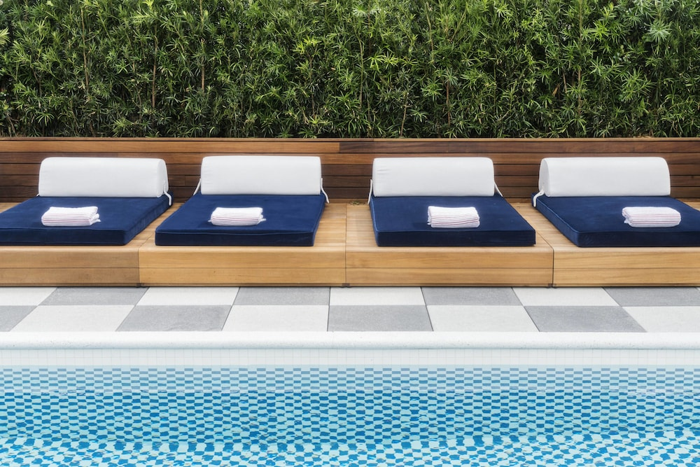 Outdoor Pool, Perry Lane Hotel, A Luxury Collection Hotel, Savannah