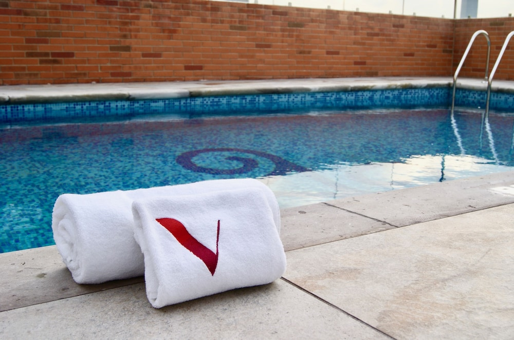 Outdoor Pool, Hotel Velvet Plaza