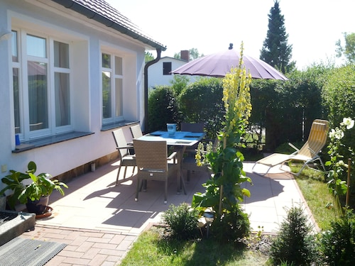 Comfortable Holiday House With Terrace in a Quiet Site, a few Minutes to Beach
