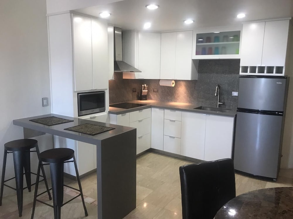 Private Kitchen, Beautiful One Bedroom Condo At Marina Pinacate