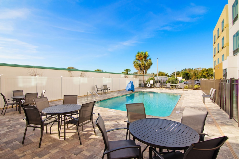 Sports Facility, Fairfield Inn & Suites by Marriott St Petersburg North