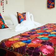 Tres Mentiras Boutique Rooms