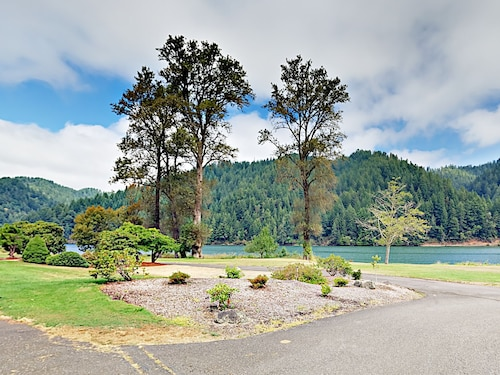 Great Place to stay 43605 State Hwy 38 Condo Unit 22 by RedAwning near Reedsport