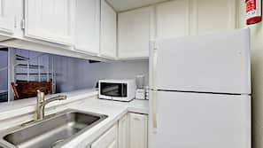 Microwave, oven, coffee/tea maker, toaster