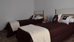 4 chambres, fer et planche à repasser
