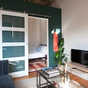 Artistic 1BR in Mile End by Namastay