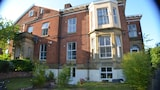 Queen's Guesthouse - Manchester Hotels