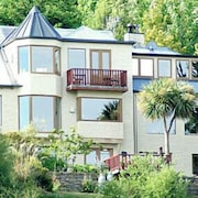 Pencarrow Luxury Lodge