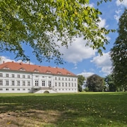 Schloss Retzow Apartments