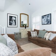 Luxury 2BR Multi-Level Home Near Fulham