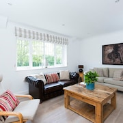 Roomy 3BR Maisonette in Leafy SW London