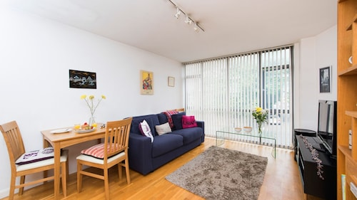 Beautiful and Bright 1BR Flat in Islington