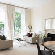 Huge, Regal 2BR Apartment Right next to Harrods!