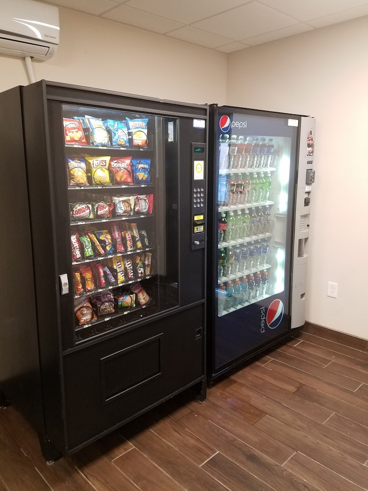Vending Machine, Suburban Extended Stay Hotel