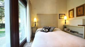 Premium bedding, in-room safe, laptop workspace, free cots/infant beds