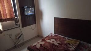 1 camera, minibar, una cassaforte in camera, Wi-Fi gratuito