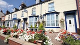 Meadows Way Guest House - Uttoxeter Hotels