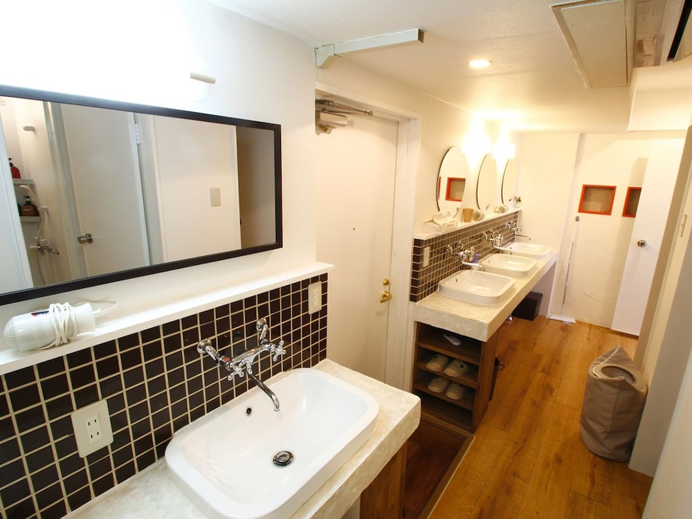 Property Amenity, Hostel & Bar CUORE KURASHIKI