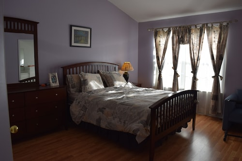 3 Bedroom Easy Commute NYC Princeton