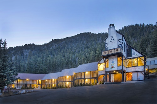 Great Place to stay Austing Haus near Taos Ski Valley