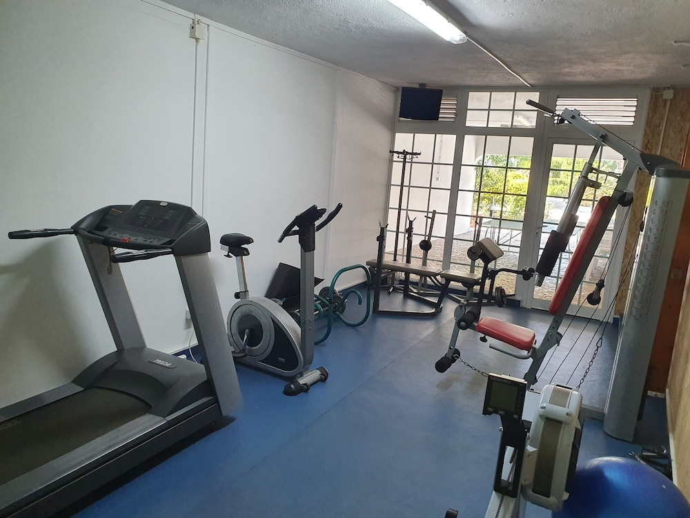 Fitness Facility, Villa Marisol in Gated Community w / Pools and Garden 4km From the Beaches