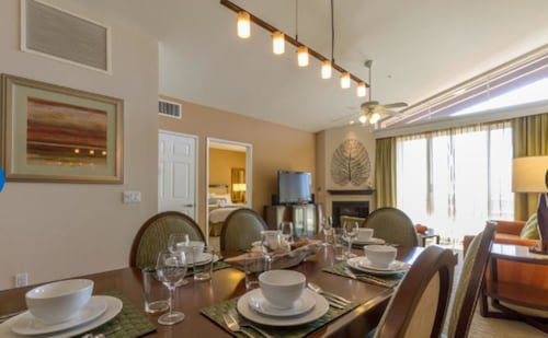 2 BR Condo in Carlsbad Available Thanksgiving Week