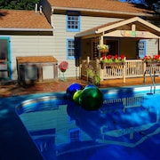 Pool House in Carbondale's Historic Arbor District - Jump Off to the Wine Trail