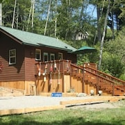 Scotty Point Cabin - Secluded, Fresh, & Right on the Coast!