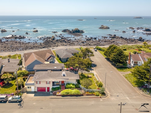 Check Expedia for Availability of Seaside Family Retreat - up to 5 Bdrms,ocean Views & 200 Feet to the Beach!