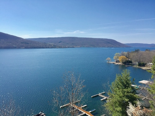 Canandaigua Lake Superior Views Fall Fingerlakes Foliage With Wine/beer Touring