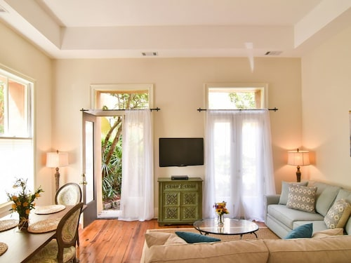 Great Place to stay 2 Bed/1.5 Bath Luxury Pied-à-terre in Charlestons French Quarter, Free Wifi! near Charleston