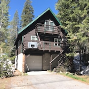 Clean, Close to ski Resorts, Perfect for Family and Friends to Relax and Unwind