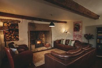 Dunsford, Dartmoor, Devon, EX6 7HH, England.