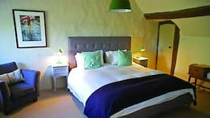 Egyptian cotton sheets, premium bedding, down duvets, iron/ironing board