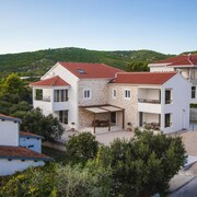Apartments Olive Vodice