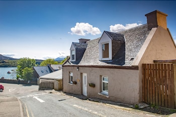 Bosville Terrace, Portree IV51 9DG, Scotland.