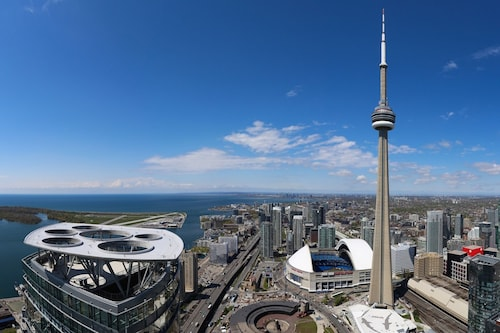 Check Expedia for Availability of Platinum Suites - Luxury Penthouse