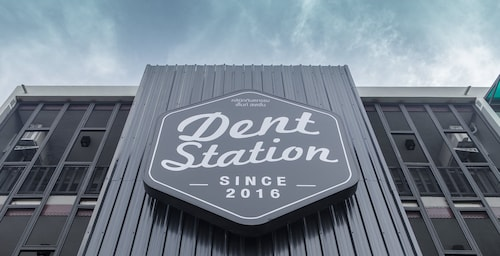 Dent Station Stylish Residence