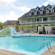 Palm View Apartments at Sandcastles Resort Ocho Rios