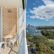 Stunning Harbour View Home H322