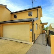 Bellima Bch House, 9 Jackson Close
