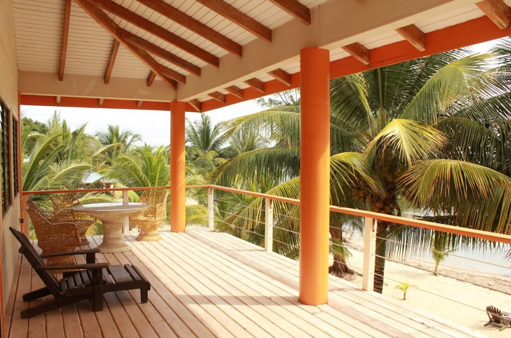 Terrace/Patio, Maya Beach Hotel