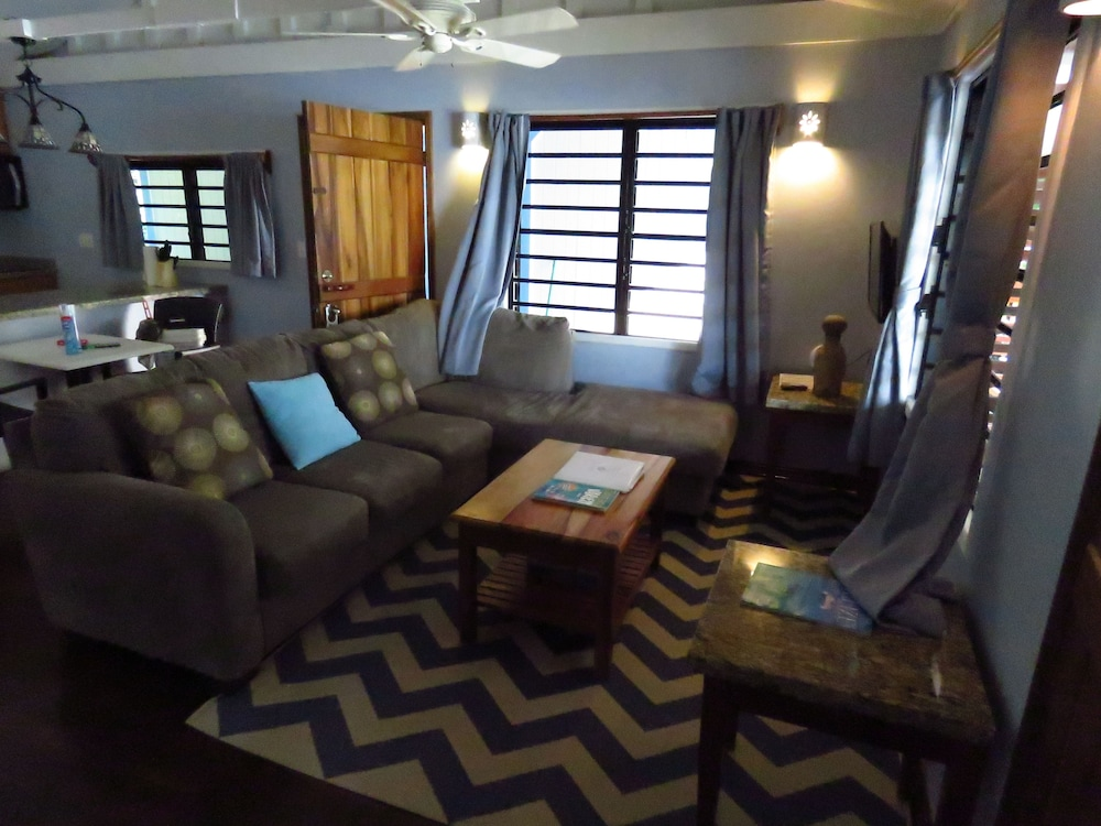 Living Room, Maya Beach Hotel