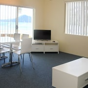 Bay Village Unit 20, 47 Shoal Bay Road,