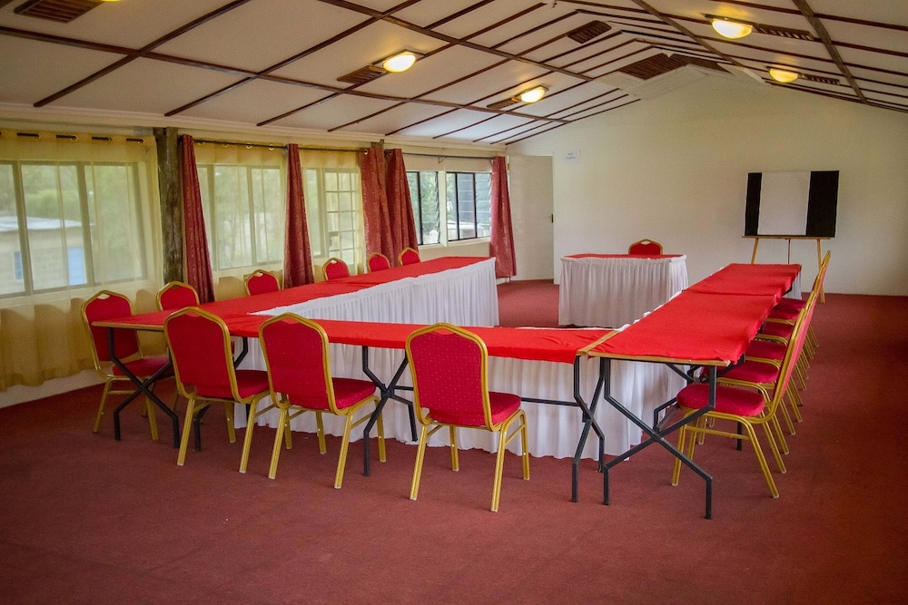 Meeting Facility, Fina Gardens Resort