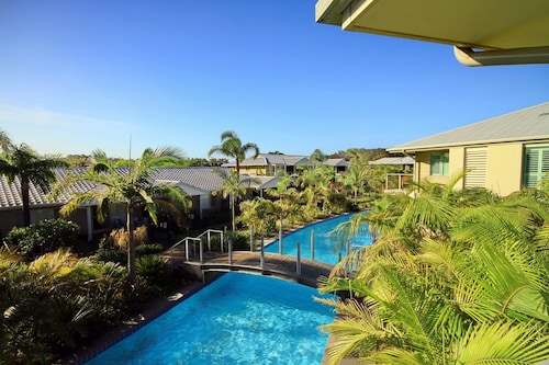 Pacific Blue Apartment 288B, 265 Sandy Point Road