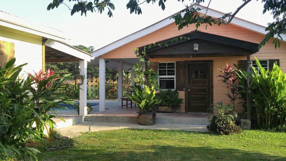 Featured Image, 600 sq ft Casita W/pool for Short or Long Term Rental