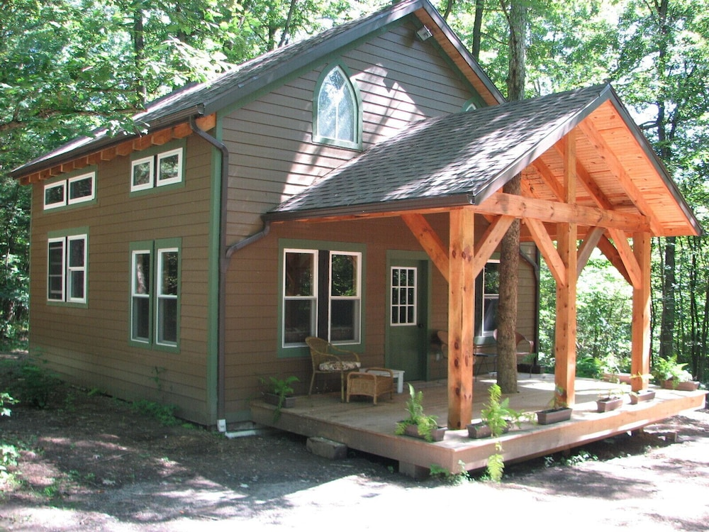 Featured Image, Timber Frame Cabin Located Nextt to the Clarion River & North Country Trail